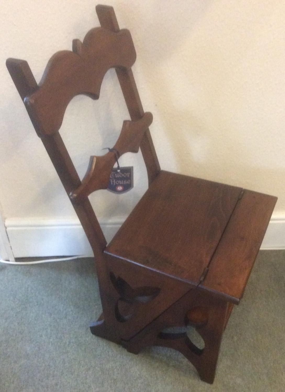 Victorian Walnut Metamorphic Chair/Steps