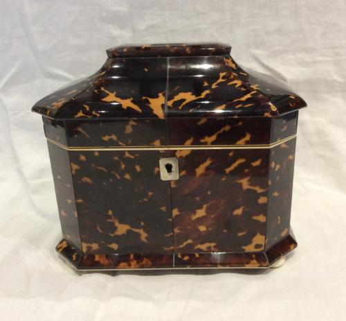 Tortoiseshell Tea Caddy by Thomas Lund