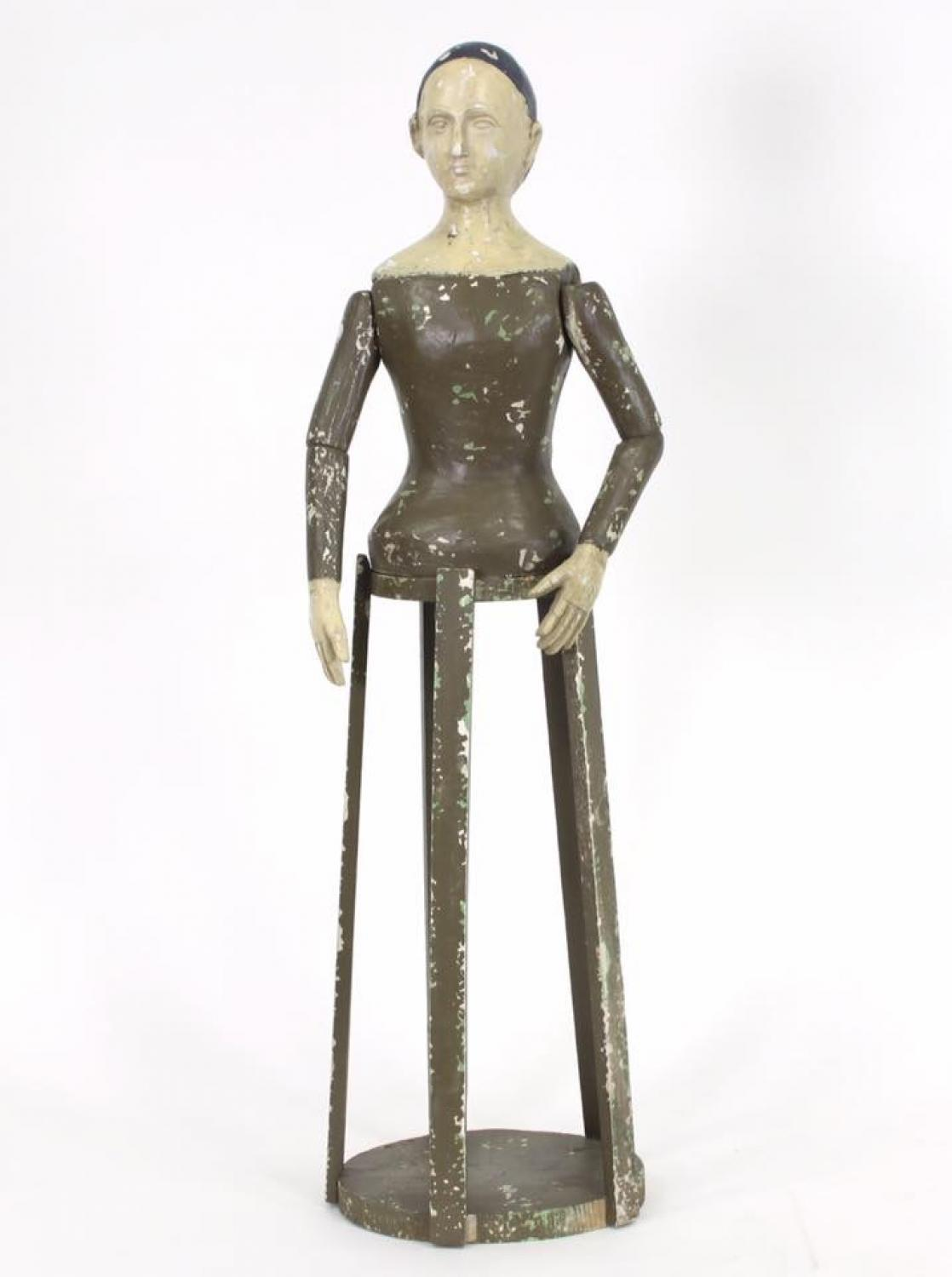 Painted articulated mannequin