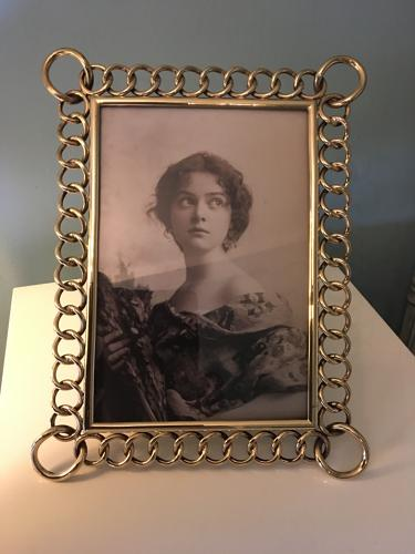 Victorian Brass Chain Link Photograph Frame